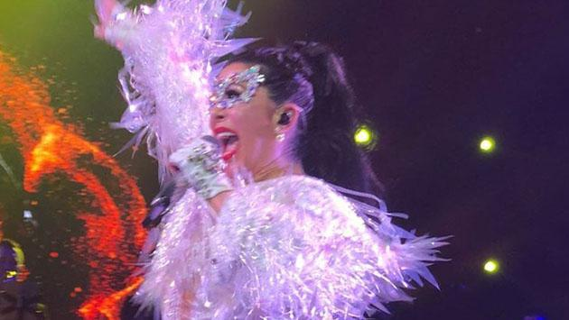 Alejandra Guzmán llora en su último concierto de 'Versus Tour'