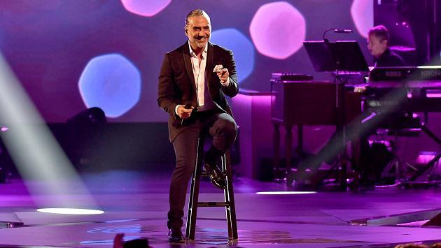 Alejandro Fernández enamoró a Panamá en concierto