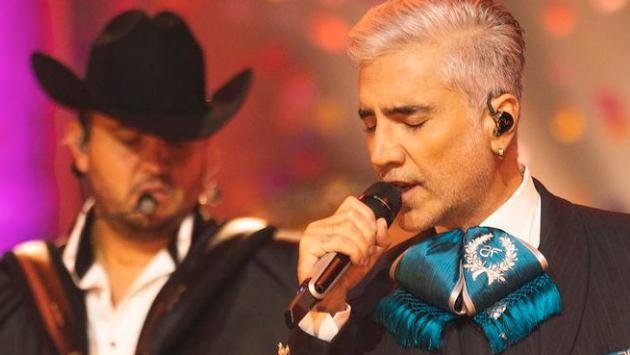 Alejandro Fernández le dedicó Latin Grammy a víctimas de los huracanes en el sur de México
