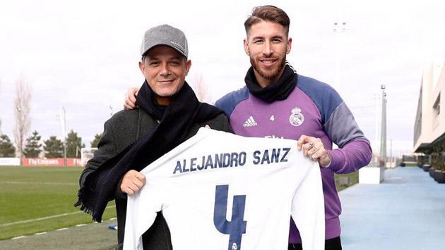 Alejandro Sanz fue 'fichado' por el Real Madrid