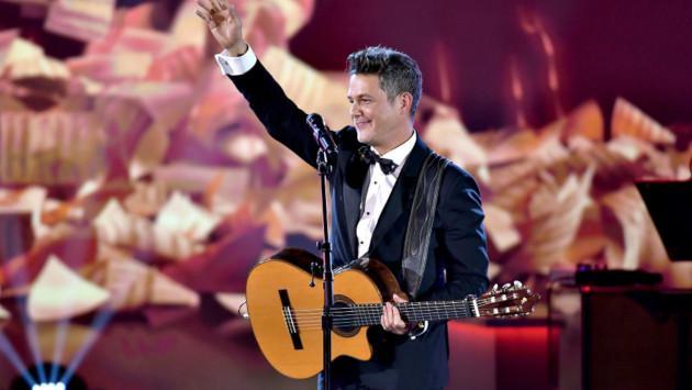 Alejandro Sanz y Fonseca cantarán juntos tema para una serie