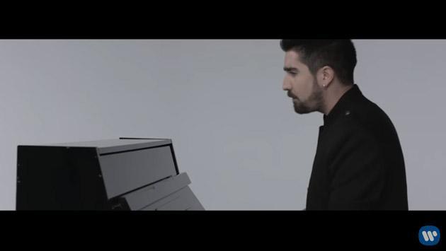Álex Ubago regresó con la canción 'Míranos' [VIDEO]