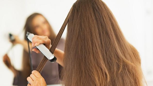 Errores que cometemos al usar la plancha de cabello