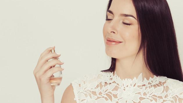 Tips para que el aroma de tu perfume dure más tiempo