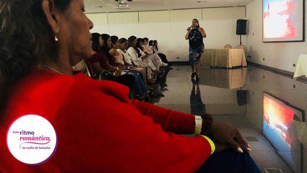 Así fue el taller Encuentros 'Entre la Arena y la Luna' 'El poder de ser mujer'