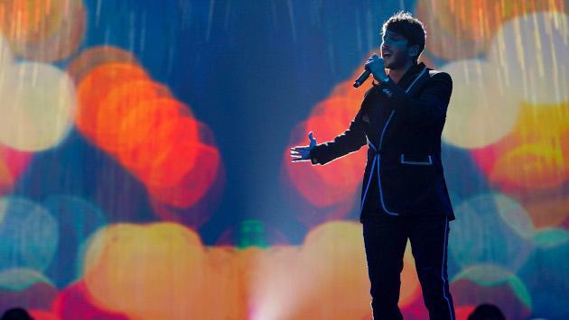 Así fueron las presentaciones de Sebastián Yatra y Morat en honor a Juanes en los Latin Grammy