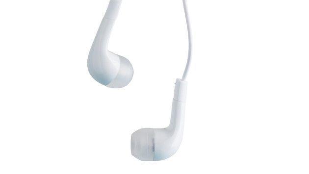 Ten cuidado al usar los audífonos con chupón