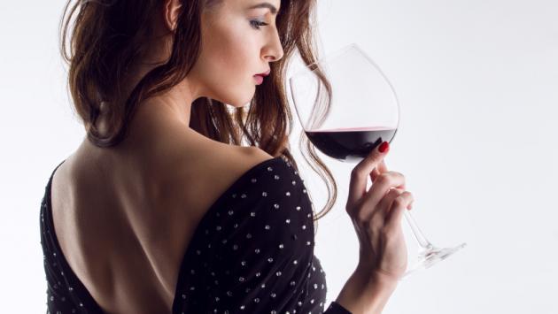 Beber una copa de vino puede ser una gran estrategia para bajar de peso