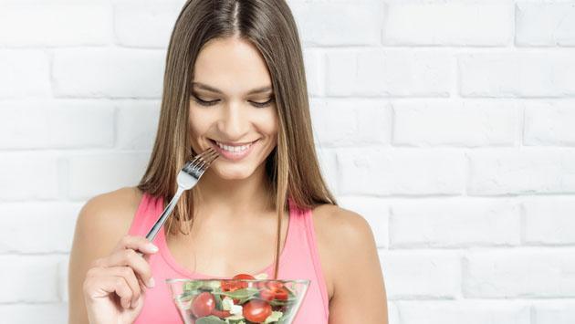 Cómo ajustar tus hábitos alimenticios para perder peso
