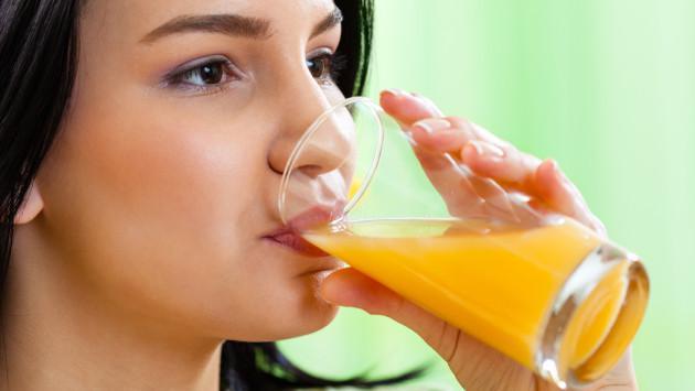 Cómo consumir jugos correctamente para beneficiar tu salud