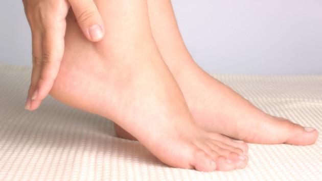 ¿Cómo desinflamar los pies hinchados?