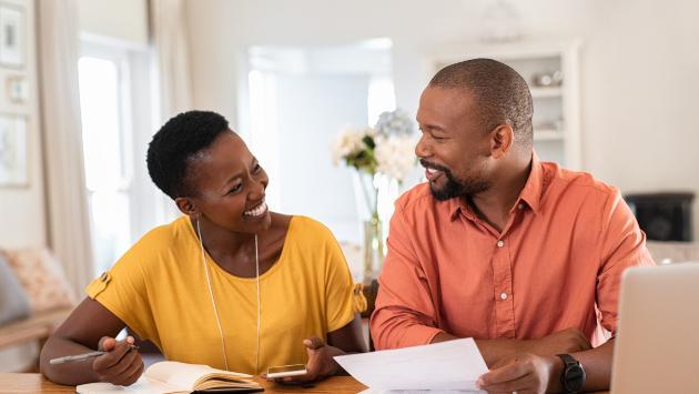 ¿Cómo evitar tener problemas de dinero con nuestras amistades?