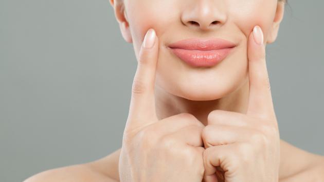Consejos para lucir unos labios esponjosos sin botox y sin cirugías