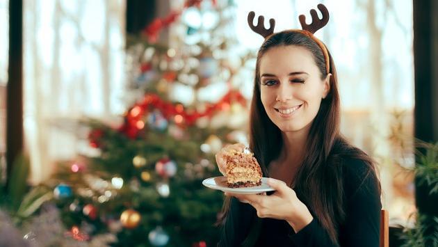 Lo que no debes hacer si quieres perder el peso que ganarás en Navidad