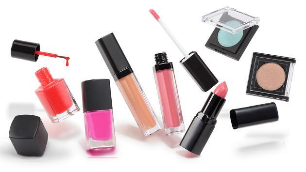 ¡Descubre cuánto tiempo se conservan los productos de maquillaje y útiles de aseo!