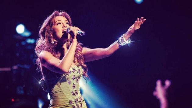 Thalía lamenta la muerte de su estilista