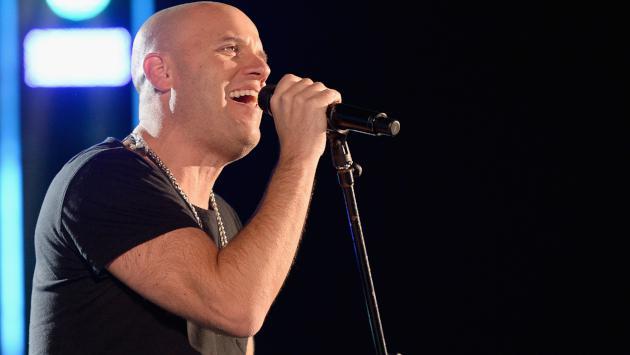 GianMarco celebró 2 millones de reproducciones de 'Tú no te imaginas' en versión bachata
