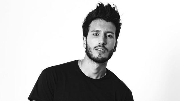 Sebastián Yatra y Tommy Torres lanzarán el tema 'Atado entre tus manos'