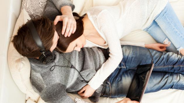 ¿Escuchas música al momento de tener sexo? Descubre qué prefieren ellos