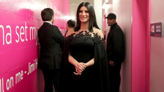 Este es el regalo perfecto de Laura Pausini para Navidad