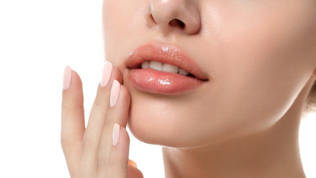 Descubre cuál es el efecto del relleno dérmico en tus labios