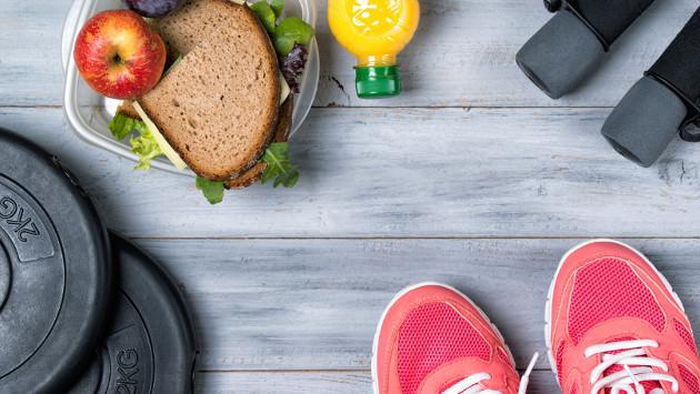 Estos son los alimentos que no debes comer antes de ir al gimnasio