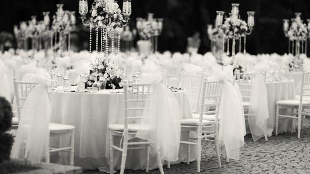 Estudio revela que mientras más cara sea tu boda, más rápido te divorciarás