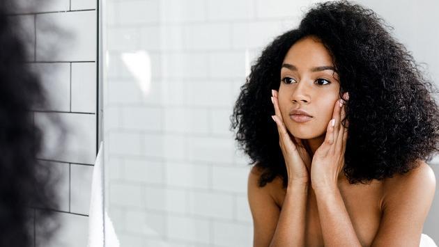 Buenos hábitos que ayudan a recuperar la piel dañada