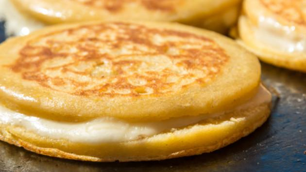 Exquisitas arepas con queso