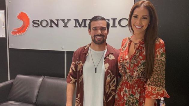 Ezio Oliva se reúne con Sony Music México