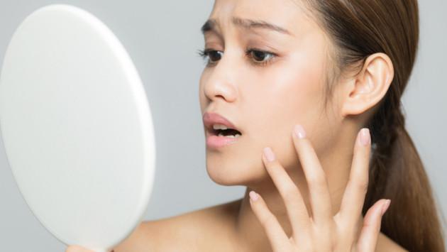 Guía básica para quitar las manchas de la cara