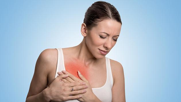 ¿Hay algún síntoma principal con el que se inicia el cáncer de mama?