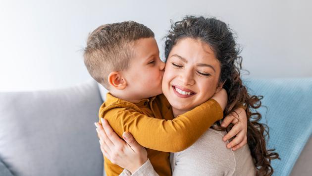 ¡La ciencia lo dice! Los hijos heredan la inteligencia de la madre