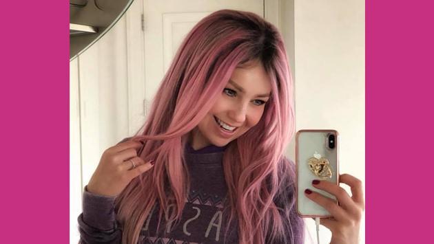 La explicación de Thalía sobre su cabello rosa