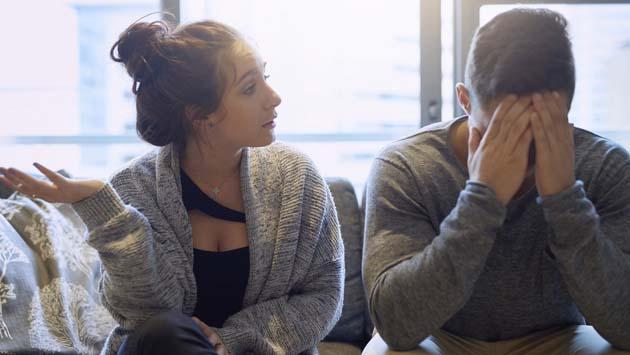 ¿La familia de tu pareja se mete en tu relación?