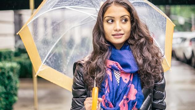 Consejos para domar tu cabello en días de lluvia