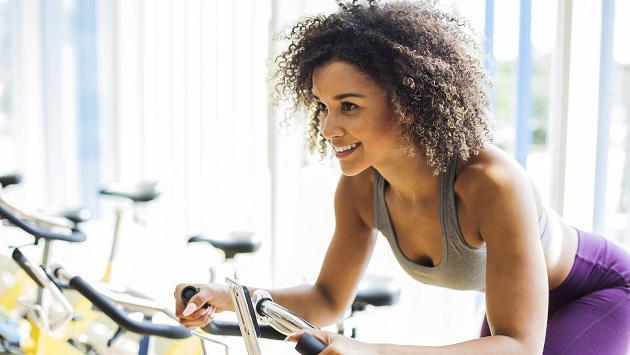 La mejor rutina de cardio para principiantes en el gym