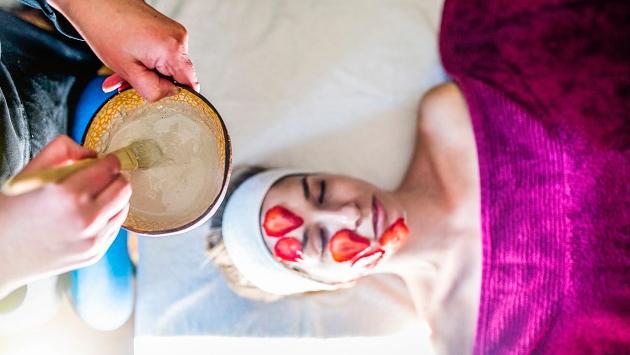 Los beneficios de las mascarillas de frutas en la piel