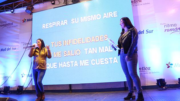 ¡Las mejores fotos del Karaoke Romántico por nuestro aniversario!