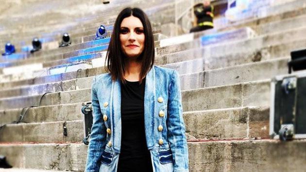 Laura Pausini cantó su nuevo single en vivo y enloqueció a sus fans