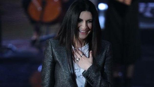 Laura Pausini celebra el éxito de su álbum 'Hazte sentir'