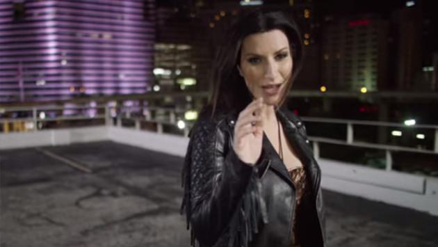 Laura Pausini estrenó 'Lado derecho del corazón'