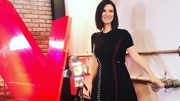 Laura Pausini recibe Disco de Oro por 'Hazte sentir'