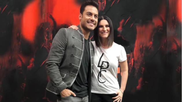 Laura Pausini y Carlos Rivera cantarán por primera vez en vivo el tema 'La solución'