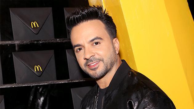 Luis Fonsi se convierte en el artista con más ventas digitales en esta plataforma de música
