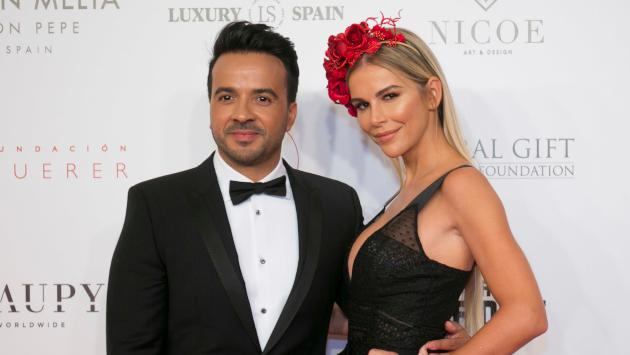 Luis Fonsi felicitó a su esposa por su cumpleaños
