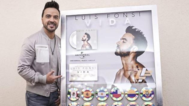 Luis Fonsi recibe Disco Multi-Diamante y Platino por su álbum 'Vida'