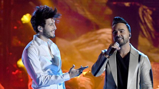 Luis Fonsi, Sebastián Yatra, Juanes y Juan Luis Guerra anuncian a los nominados a los Latin Grammy