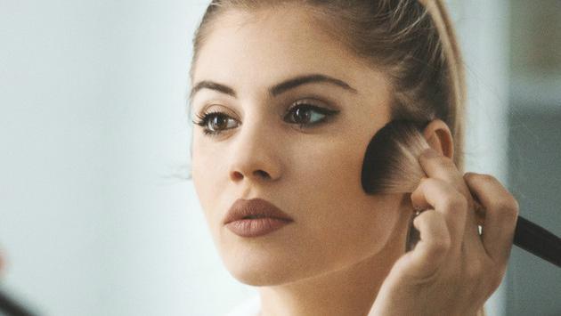 Maquillaje antiedad, aprende estos trucos