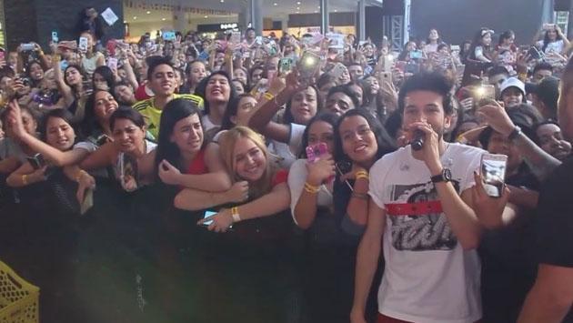 Mira cómo el público de Medellín cantó junto a Sebastián Yatra